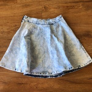 NWT Redfox Jean Skirt Size Small Light Wash